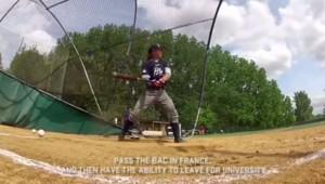 A 16 ans, Mélissa Mayeux entre dans l'histoire du baseball