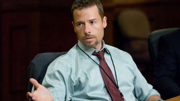 Guy Pearce dans Trahison