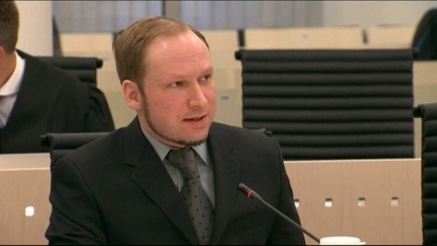 Anders Behring Breivik jugé pour la mort de 77 personnes en Norvège, au 28e jour de son procès à Oslo, le 31 mai 2012.