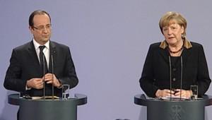 François Hollande et Angela Merkel, lors d'une conférence de presse à Berlin, le 22/01/2013.