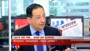 """Romero : """" Dans mon agenda personnel, j'ai une bonne trentaine de numéros de téléphone de parlementaires gays """"."""