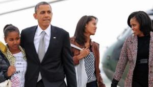 Les Obama à l'aéroport de Chicago, le 7 novembre 2012.