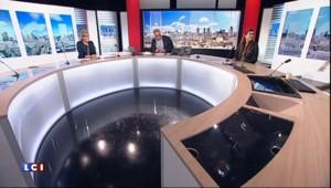 """Pour sa dernière, Michel Field rend hommage à la """"madame culture de LCI"""""""
