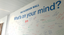facebook wall locaux paris