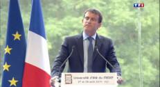 """Le 20 heures du 27 août 2014 : """"Moi, j%u2019aime l%u2019entreprise"""" : standing ovation des patrons pour Manuel Valls - 553.0394134826661"""