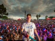 Tom Bittman a réalisé ce mardi 26 mai, le record du monde du plus grand selfie