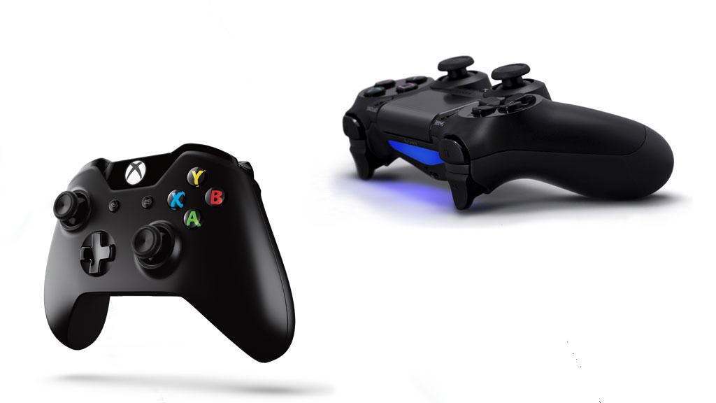 Les manettes de la Xbox One et de la PS4