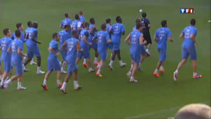 Football : derniers préparatifs pour les Bleus avant l'Euro 2012