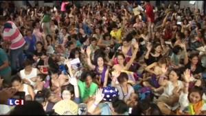 Philippines : 300 femmes réunies pour une séance…d'allaitement collectif