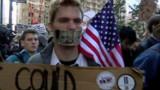 """Les """"Indignés"""" américains confrontés à une crise de croissance"""