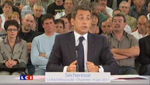 """Sécheresse : Sarkozy veut """"suspendre tous les remboursements"""" de prêts pendant un an"""