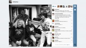 Johnny Hallyday a publié sur Twitter une photo de lui-même en studio, à Los Angeles