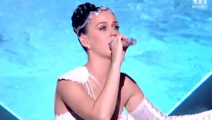 Katy Perry sur la scène des NMA