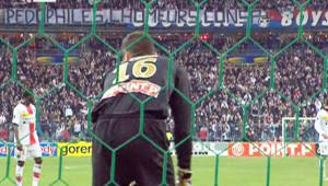 La banderole deployée lors de la 2e mi-temps du match entre Lens et le PSG, le 29 mars 2008