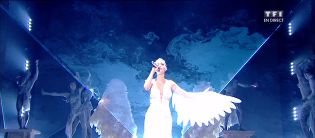 Katy Perry « Unconditionnaly » en direct des N