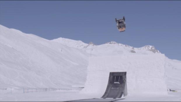 Salto arrière… sur la neige et en voiture