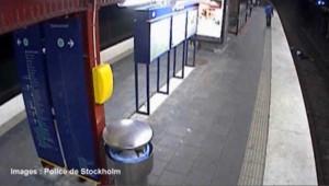 Suède : il tombe sur les rails et se fait voler
