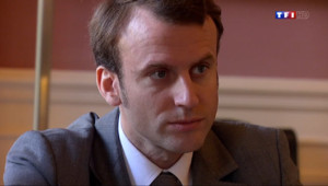 Le 20 heures du 26 août 2014 : Valls II : Emmanuel Macron, un ex-banquier �ercy - 238.676