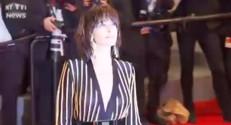 En direct de Cannes : Sophie Marceau en mode guêpe