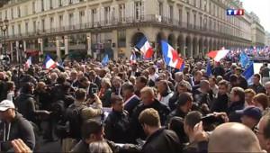 Le 13 heures du 1 mai 2014 : D�l�u FN : entre 5.300 et 20.000 participants rassembl��aris - 354.765