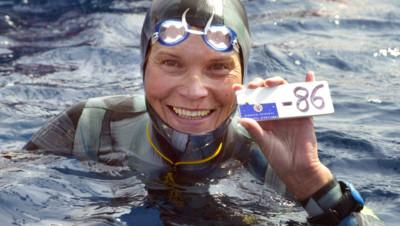 Natalia Molchanova, légende de la plongée en apnée, portée disparue en mer depuis le 2 août 2015, ici photographiée en 2005.