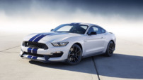 Shelby Mustang GT350, modèle le plus sportif de la gamme vendu par Ford courant 2015, au V8 5,2 litres de plus de 500 chevaux