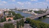 <b>Info TF1News -</b> Deux adultes et deux enfants repêchés dans la Seine à Paris