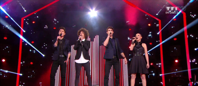 Anne, Côme, David et Lilian, les finalistes ouvrent le grand show de la finale avec « We Are Young »