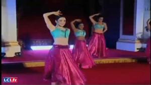 Bollywood à Buchingam,la reine ne perd pas son flegme