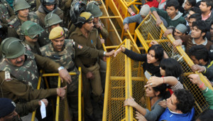 Inde : manifestation à New Delhi après le viol d'une étudiante (22 décembre 2012)