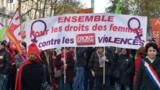 Violences faites aux femmes : plusieurs milliers de manifestants à Paris