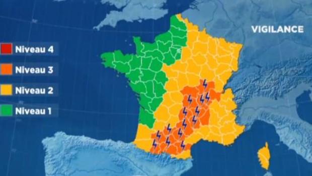 18 départements en alerte orange aux orages ce vendredi 22 juillet 2016