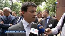 Le ministre de l'Intrieur Manuel Valls a cart tout laxisme du gouvernement sur sa politique d'immigration et a exclu une augmentation du nombre de rgularisations par rapport  celles de l're Sarkozy.