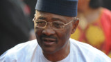 Mali : le président Amadou Toumani Touré démissionne officiellement