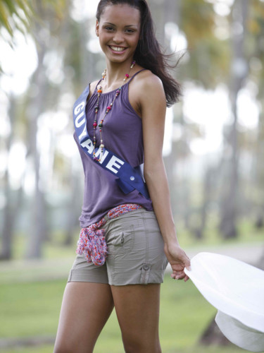 Miss Guyane 2009 - Tineffa Naïsso : candidate Miss France 2010