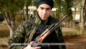 """""""J'ai combattu pour Daech"""", le témoignage d'un jihadiste belge repenti"""