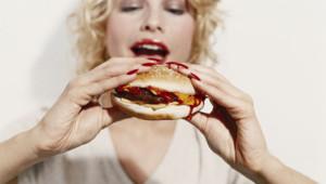 La part des burger dans les ventes de sandwichs a explosé en France.