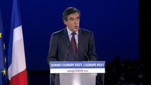 François Fillon lors du meeting de l'UMP au Parc des Expositions (4 juin 2009)