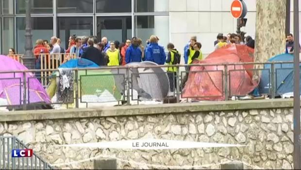 Environ 1200 personnes évacuées d'un camp de migrants à Paris