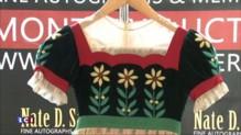 Les costumes de l'actrice américaine, Shirley Temple, mis aux enchères