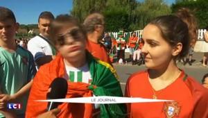 Les supporters de l'équipe du Portugal à Marcoussis pour soutenir les joueurs