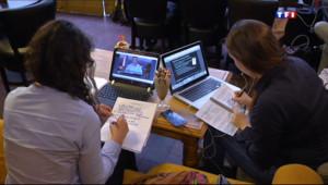 Le 20 heures du 29 septembre 2013 : Les MOOCS, la plateforme de cours en ligne gratuits des �diants - 1173.612
