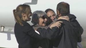 Les otages du Sahel de retour en France, aéroport de Villacoublay, 30/10/13