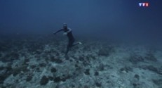 """Extrait de """"Ocean gravity""""de Guillaume Néry"""