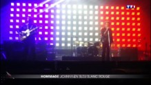 Attentats : Johnny Hallyday illumine Bercy en bleu blanc rouge en hommage aux victimes