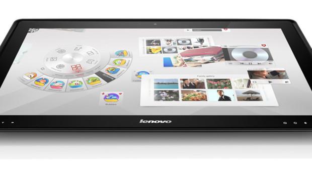 """Lenovo croit aussi à la """"table-PC"""" avec son Ideacentre Horizon."""