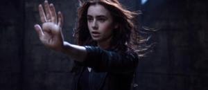 """Lily Collins dans """"The Mortal Instruments : LA Cité des ténèbres"""", de HArald Zwart"""