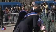 Défilé du 1er mai : loin de son père, Marine Le Pen dépose une gerbe au pied de la statue Jeanne d'Arc