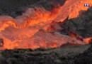 Le 20 heures du 1 août 2015 : Le Piton de la Fournaise en éruption : les images au plus près du cratère - 767