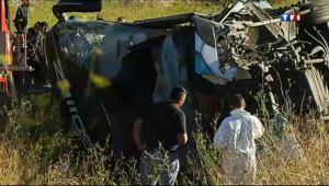 Le 13 heures du 11 août 2013 : Accident d'autocar dans l'Aude : deux morts - 77.93299999999999